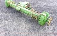 JOHN DEERE Front Combine Axle w/ Drive Train
