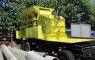 1 Prallmühle, montiert auf 3-Achs-Lkw-Anhänger GFAM 100F