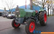 Fendt 2 WD traktor.