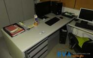 Schreibtisch-Winkeltischkombination