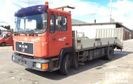 1996 MAN 12.232 4x2 Flatbed Truck