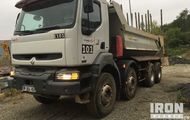 2005 (unverified) Renault Kerax 420.40 8x4 Dump Truck