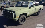 1985 Chevrolet D30 4x4 Pickup