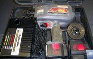 Max MAX RB 215 Eisen-Bindemaschine