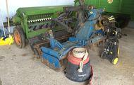 Kreiselegge mit Stabwalze und hydr. Aufsatteleinrichtung/Drilllift, Frost FM 25 C